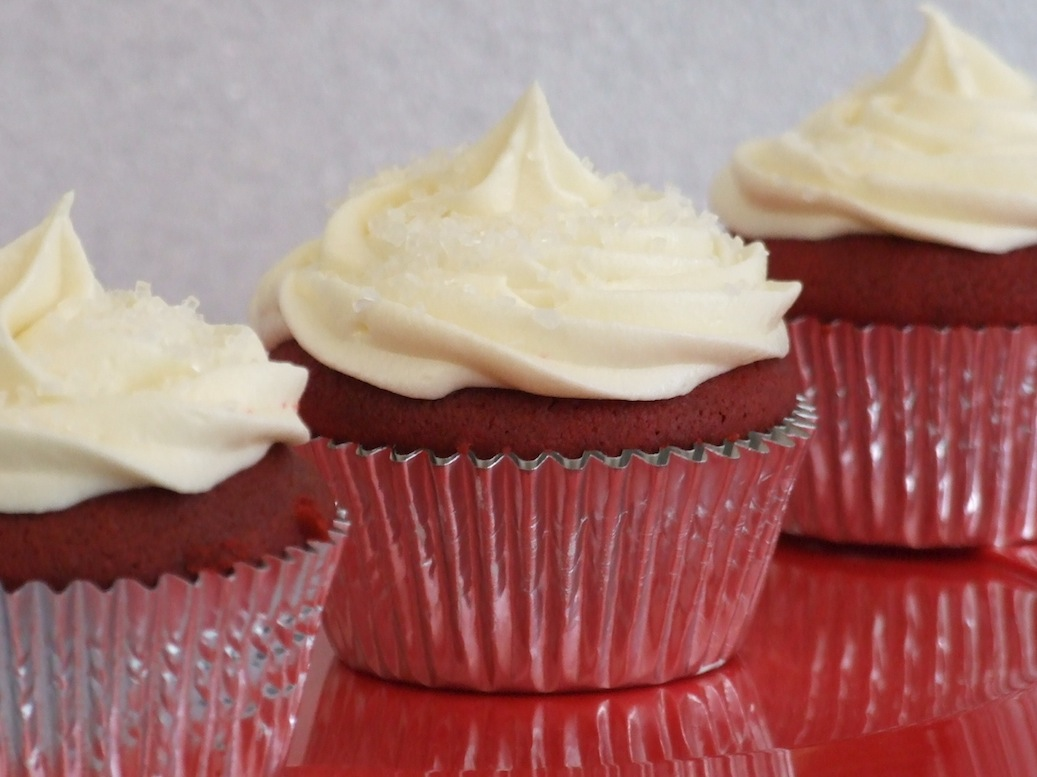 Red Velvet Cupcakes with Cream Cheese Frosting | Someone Left The Cake ...