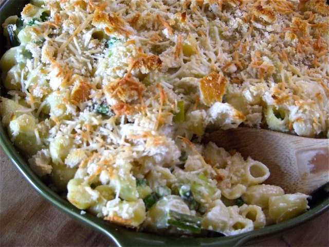 Spring Veggie Mac N Cheese